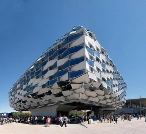 15个潮流怪异的建筑设计