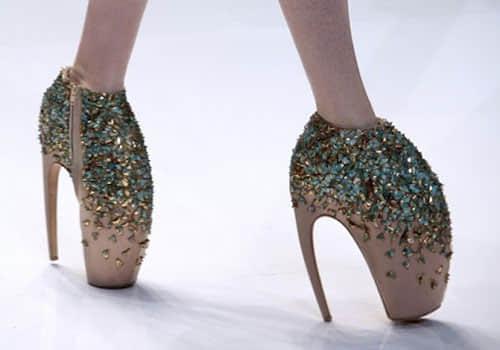 35个千奇百怪的高跟鞋设计图片