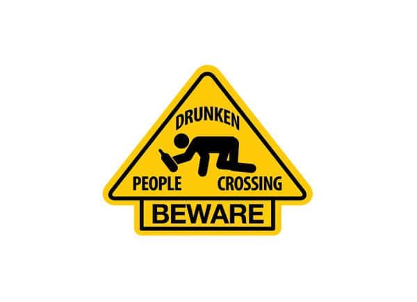 78个绝强的警示标志设计