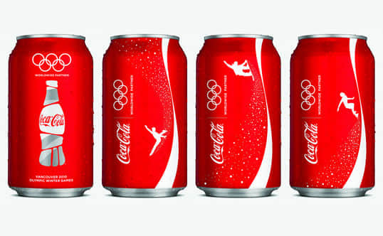 15-christmas packaging design cocacola