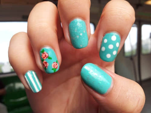blue-floral-nail-art-nail-designs-Favim.com-607524(1)