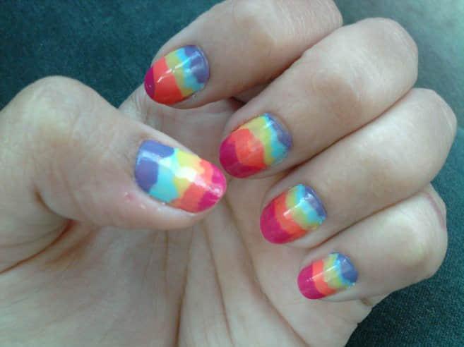 cute-rainbow-nail-art-design-beautiful-nail-art-for-women-design-657x492