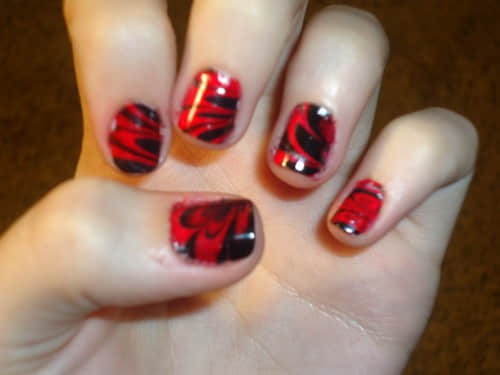 red-black-water-nails-art