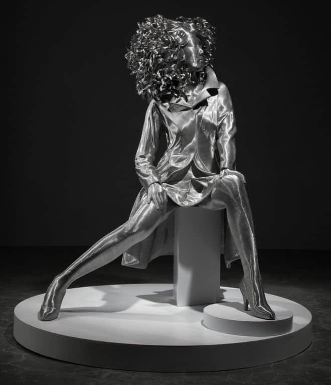12-wire-sculpture