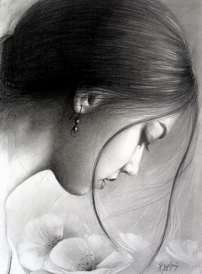 3-charcoal-drawing-rukiye
