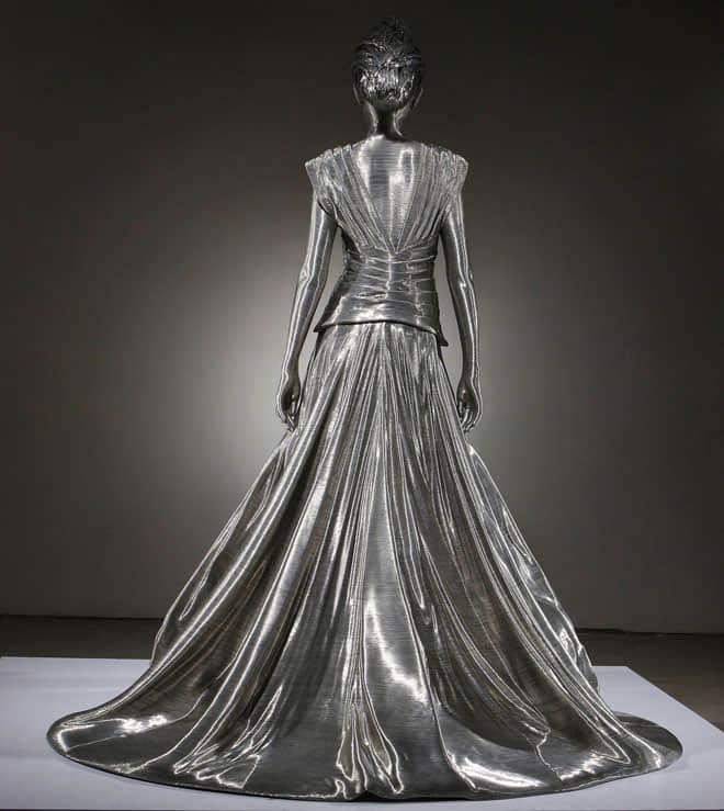 7-wire-sculpture