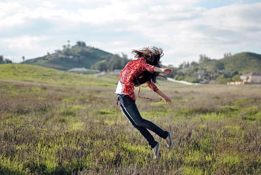 快速教你如何拍摄跳跃的照片!