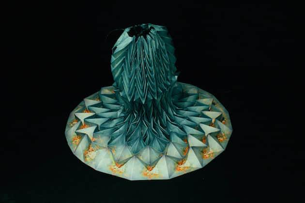 """25件风姿摇摆的 """"折纸艺术裙装"""" 服饰欣赏"""