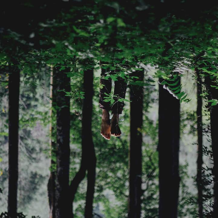 灵异摄影《探索黑暗的世界一角》