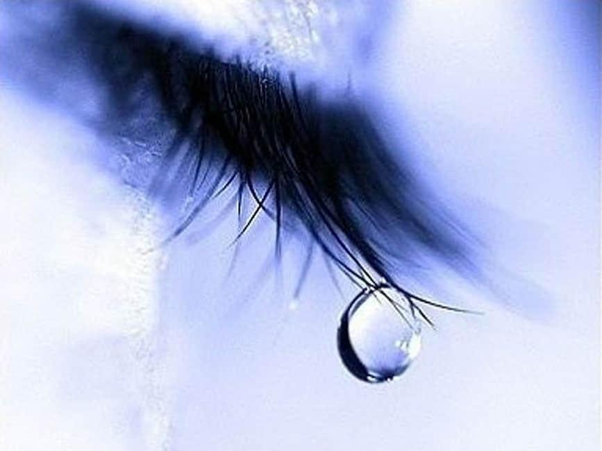 150+种眼泪、水珠、雨滴Photoshop笔刷素材