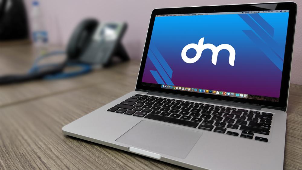 Macbook 电脑模板PSD样机素材