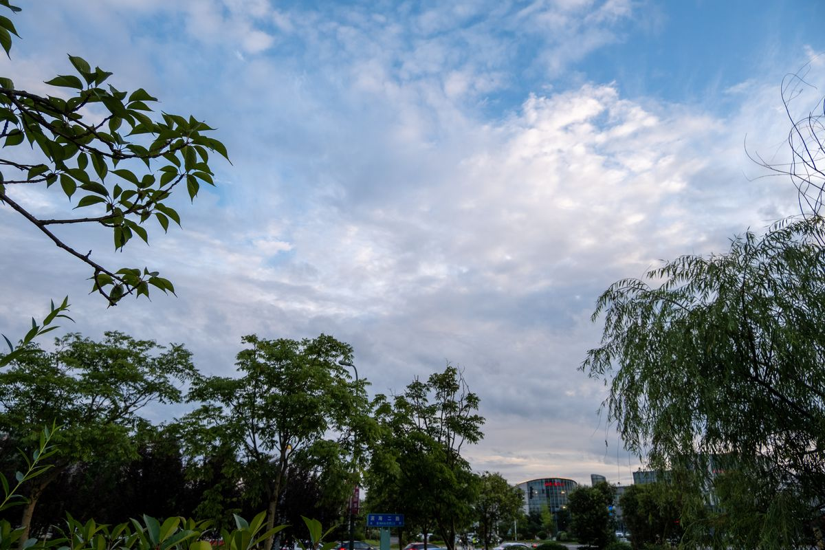 高清正版天空图片、蓝天照片下载,免费正版