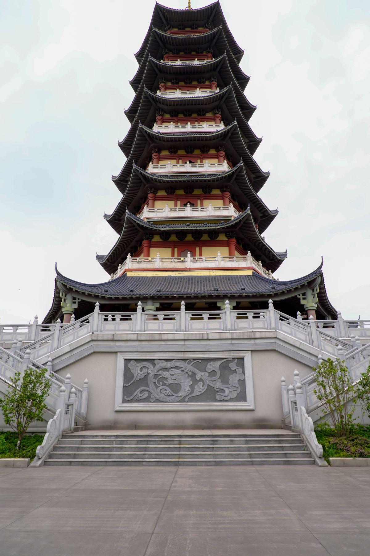 9层宝塔、中国传统风格塔类建筑背景图片下载  -  免费商用